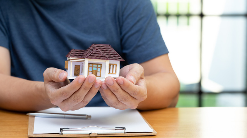 What You Should Know About Refinancing Your Home
