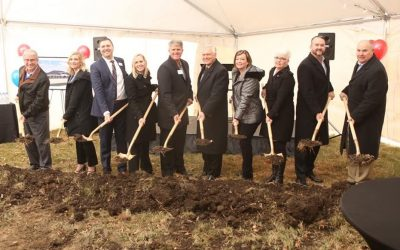 American Bank & Trust Holds Ground Breaking Celebration